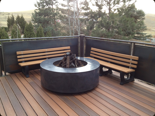 Modern outdoor fire pit concrete pete for Outdoor modern fire pit