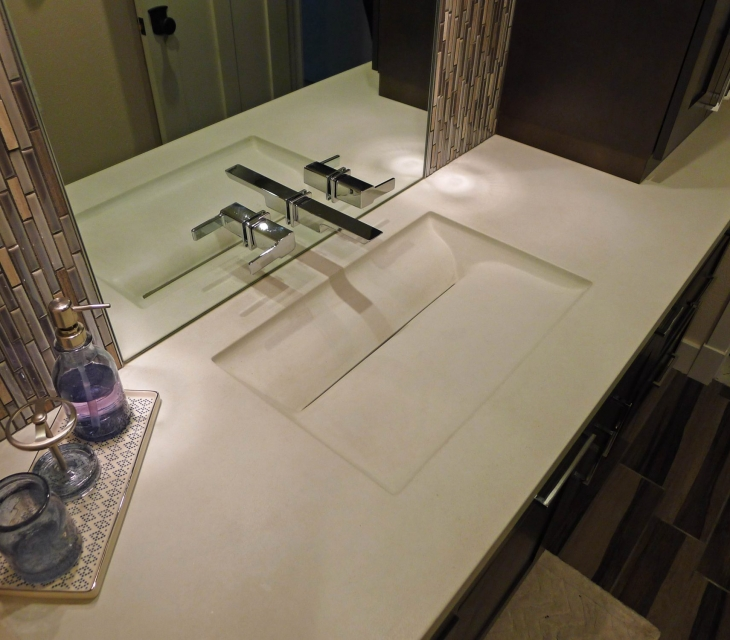 Bone white Rincon sink