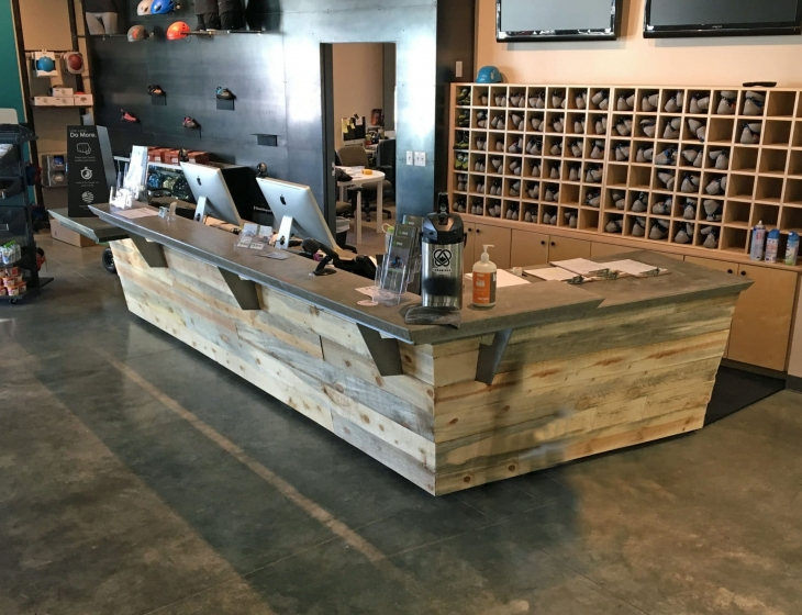 Evo rock and Fitness concrete counters