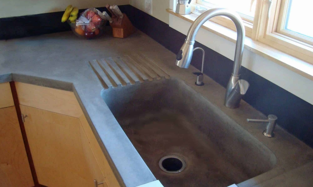 SINK CLOSE UP_edited-1