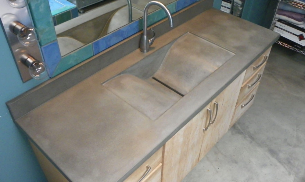 concrete wave sink