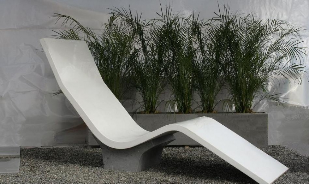 concrete lounge