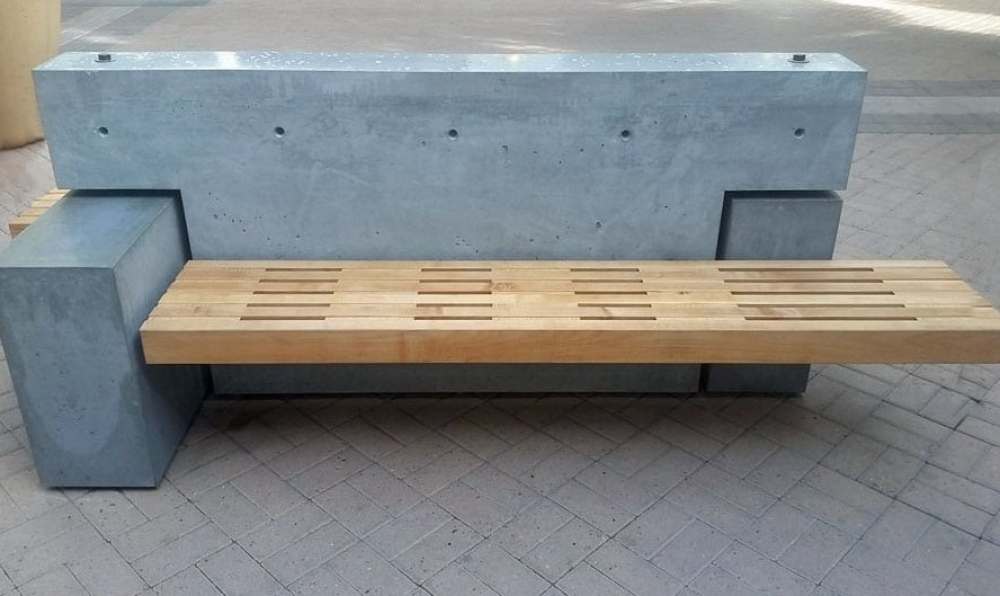 maple bench insitu