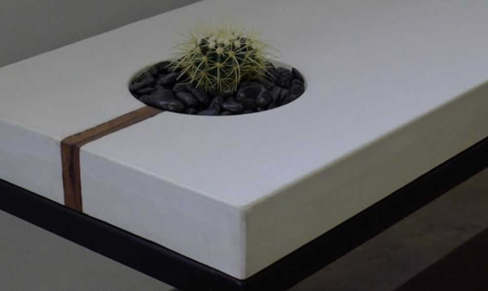 succulent-sofa-table